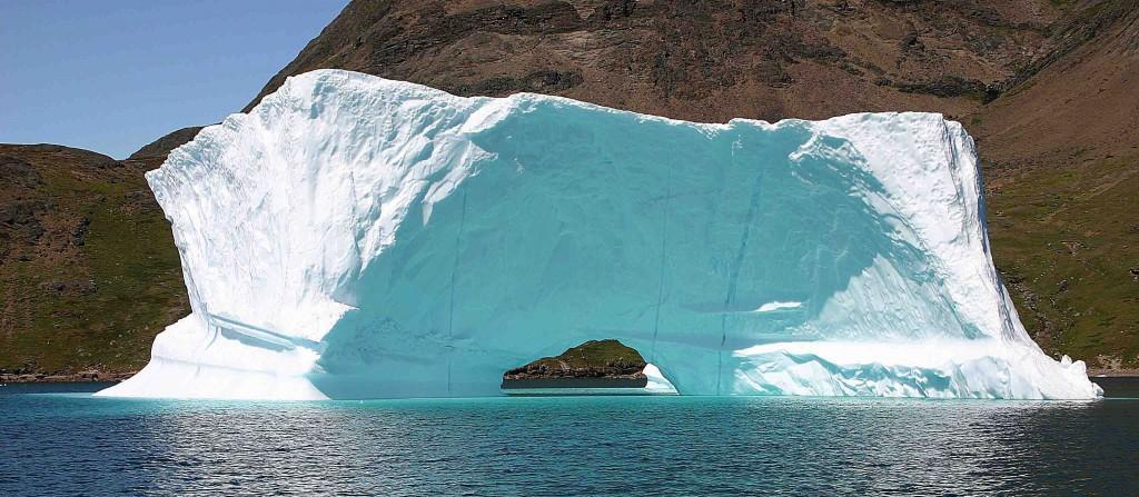 Kayak en Groenlandia, icebergs glaciar Qooroq